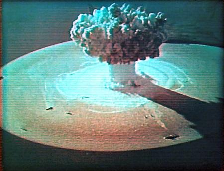 Рис. 6.8. Первый подводный ядерный взрыв, произведенный в ходе испытаний ядерного оружия в акватории Новой Земли